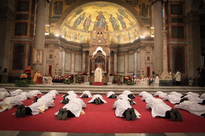 formação de sacerdotes